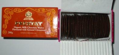 Prestat cinnamon chocolate wafers with organic milk chocolate