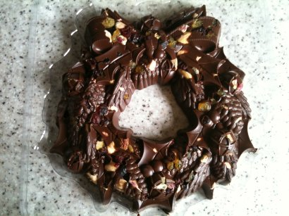 hotel chocolat milk chocolate fruit and nut wreath