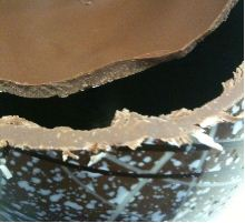 thorntons jubilee chocolate easter egg unwrapped crosssection