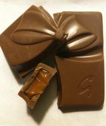 galaxy chocolate gift open