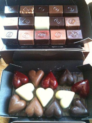 zChocolat Touche Valentines Chocolates Review