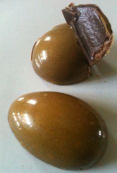 golden caramel eggs open