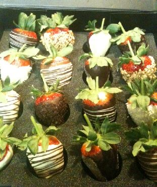 Berry Temptation Chocolate Covered Strawberries