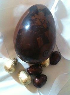 Hotel Chocolat Beau Bunny Chocolate Egg Reviewed