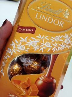 lindor caramel box