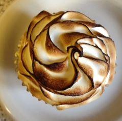 lemon merangue cupcake