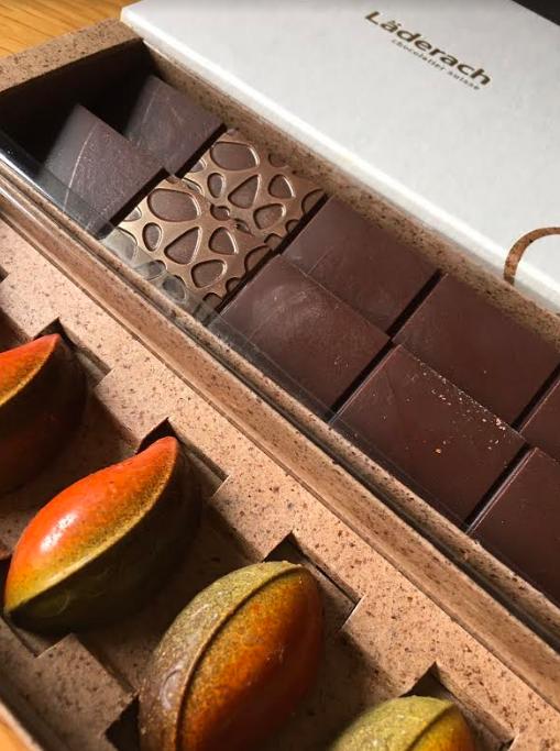 Image of Elias Laderach chocolate box inside view