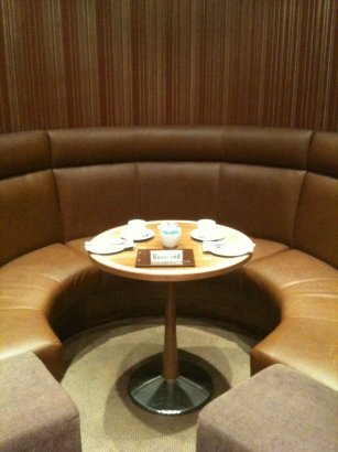 strand christmas tea table