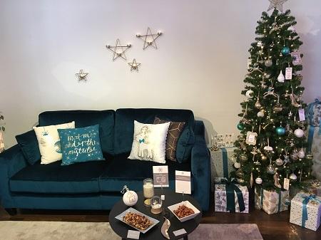 Tesco Christmas Day Room