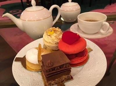 rose lounge tea